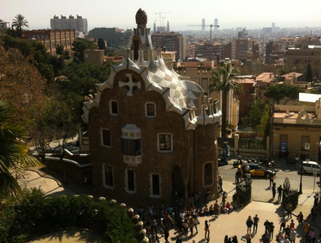 El Park Güell de Barcelona ha sido objeto de debate sobre si se debía o no pagar una entrada para visitarlo.